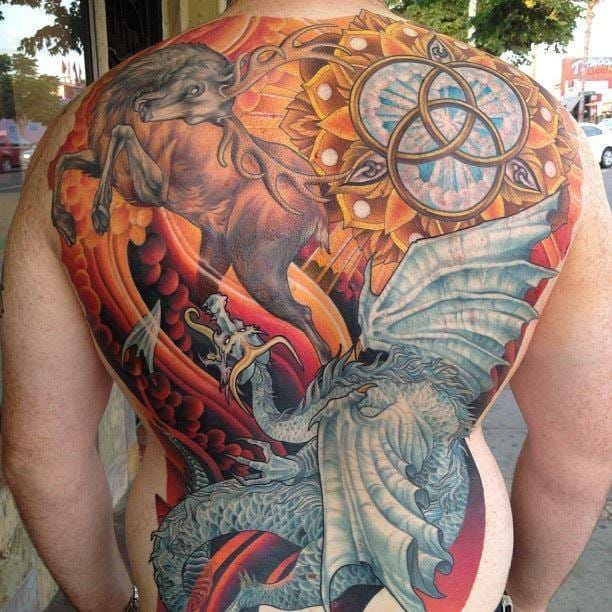 Amazing backpiece by Kevin Dickinson with the Baratheon stag and the Targaryen dragon :o