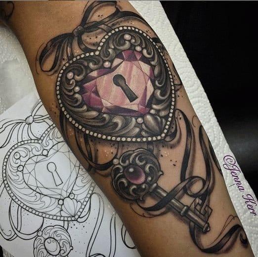 Lock & Key Tattoo. Tattoo artist: Jenna Kerr