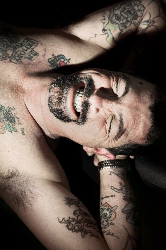 Photographer Captures The Experience Of Tattooing!