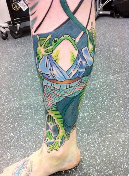 20 Fun And Fabulous Frog Tattoos