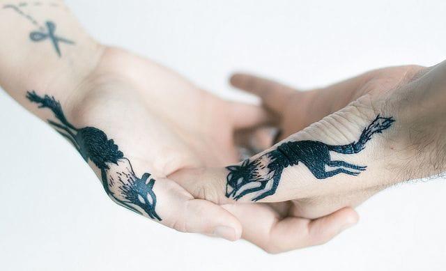 Nice tattoos by Tarmasz #hand #handtattoo #fingerjewels #jobstopper