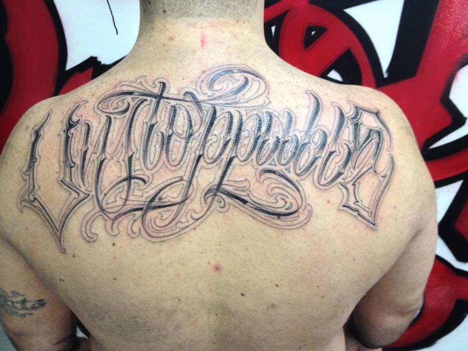 Exclusividade é o nome das tatuagens Lettering