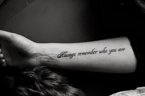 """""""Sempre se lembre de quem você é"""""""