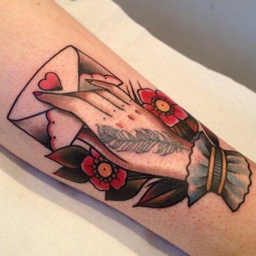 Great tattoo, artist unknown #loveletter #lovelettertattoo #lettertattoo