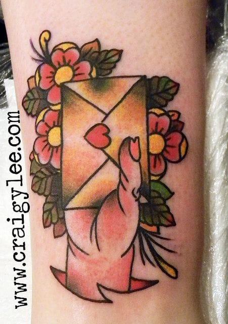 Bold work by Craigy Lee #craigylee #loveletter #lovelettertattoo #lettertattoo