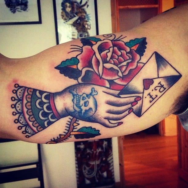 Traditional tattoo by Matt Chahal #mattchahal #loveletter #lovelettertattoo #lettertattoo