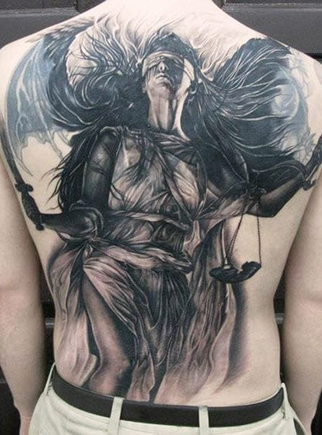 Amazing backpiece by Elvin Yong
