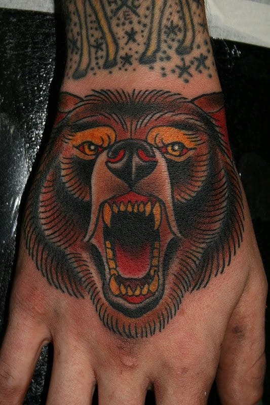 bear tattoo in neo-traditional style by Stefan Johnsson