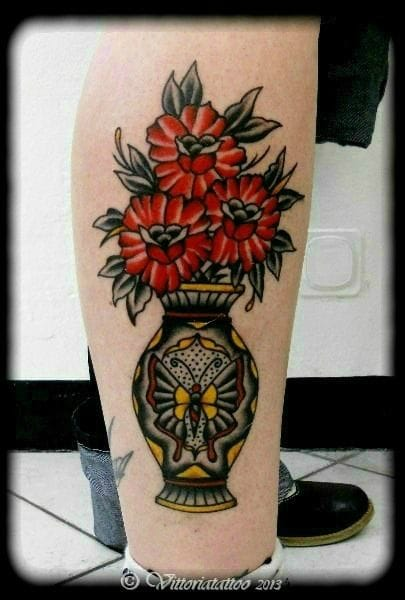 Kick-ass traditional style by Vittoria Tattoo