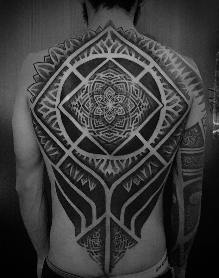 Back piece by Sakrosankt
