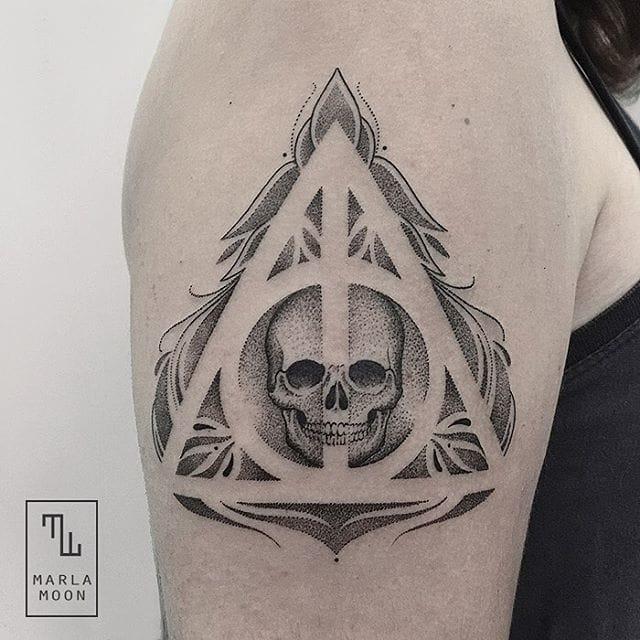 Geek Deathly Hallows tattoo.