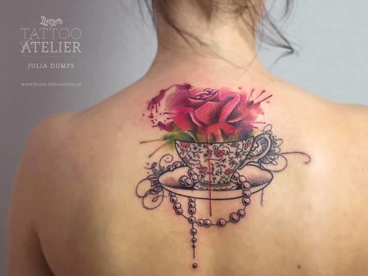 A very elegant design by Julia Dumps.