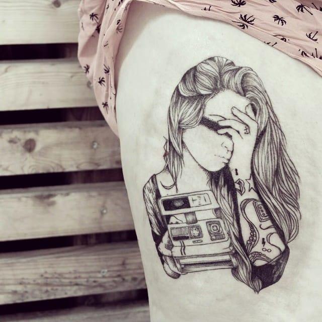 15 Tatuagens Delicadas Em Linhas Sinuosas e Cheias De Harmonia