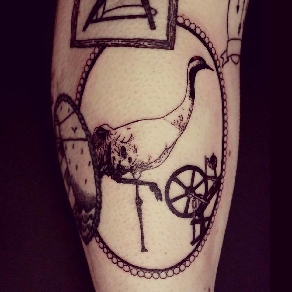 Os tatuadores sabem a dificuldade que é fazer mini círculos