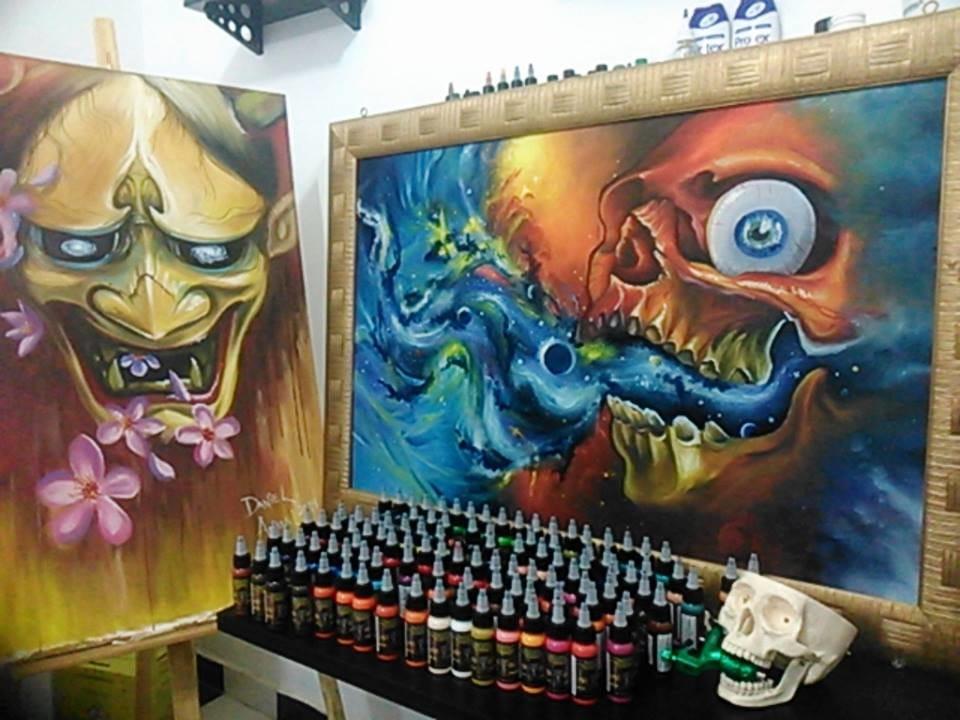 Dois dos quadros de Daniel Amaral