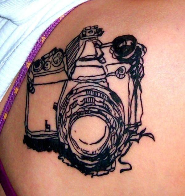 Tattoo modern art feita por Dearest Ambellina