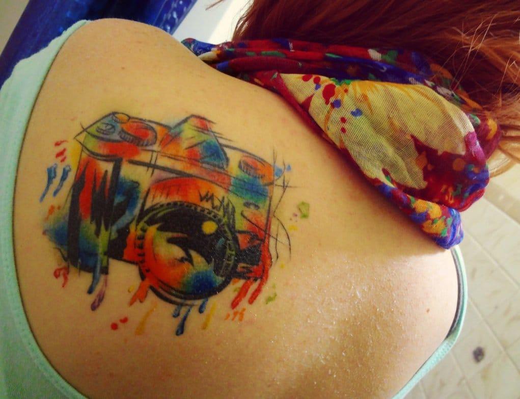 Mariah Warped14 e suas aquarelas