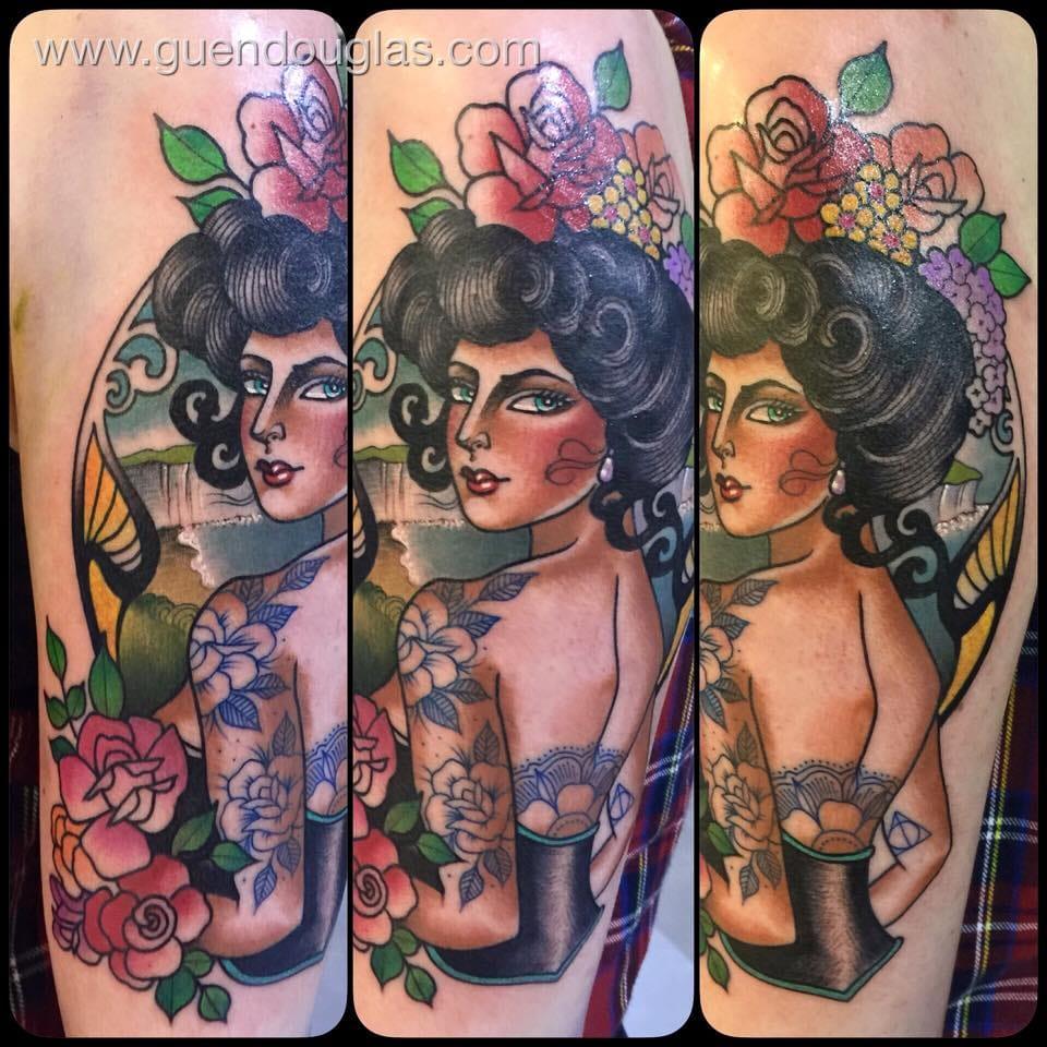 Gorgeous tattooed beauty.
