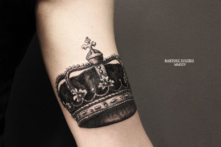 Lovely blackwork by Bartosz Suszko.