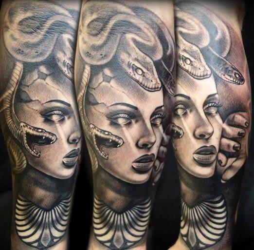 15 Tatuagens De Medusa Que Vão Te Deixar Paralisado