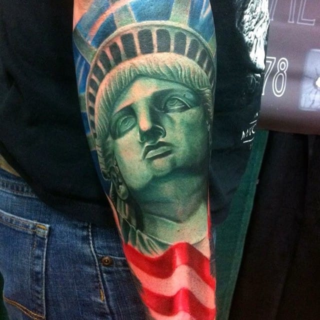 One of the best statue of liberty tattoos i've seen via @brian_zolotas
