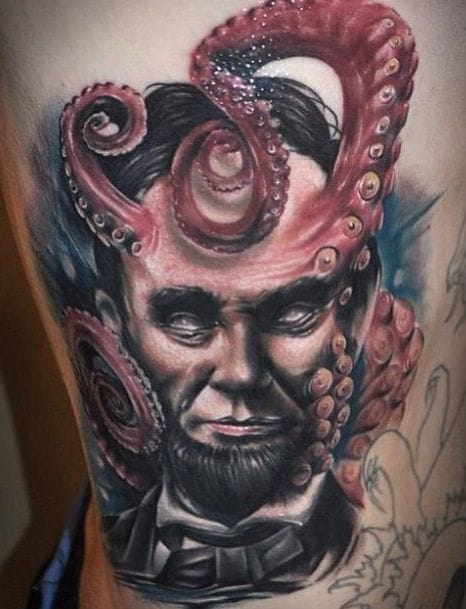 Lovecraftian portrait of Abraham Lincoln by Benjamin Laukis.