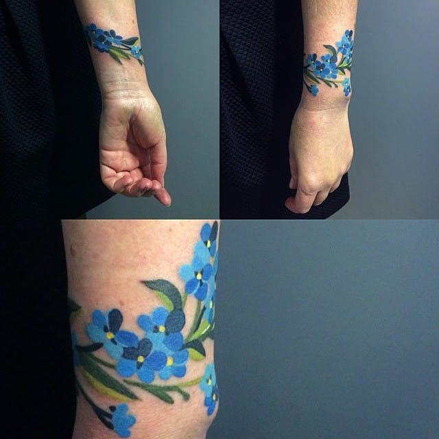 Watercolor flowers by Sasha Unisex.