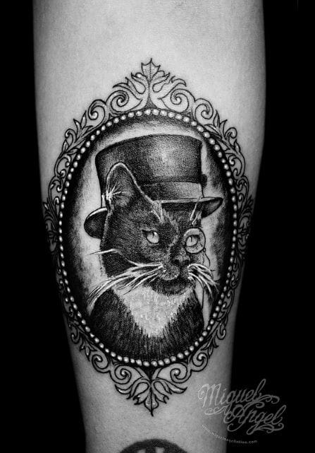Fun Victorian cat by Miguel Angel !
