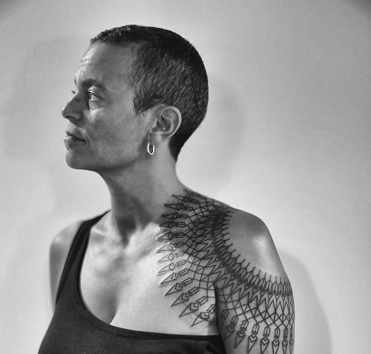 Shoulder Tattoos That Shoulder The Burden Of Looking Cool