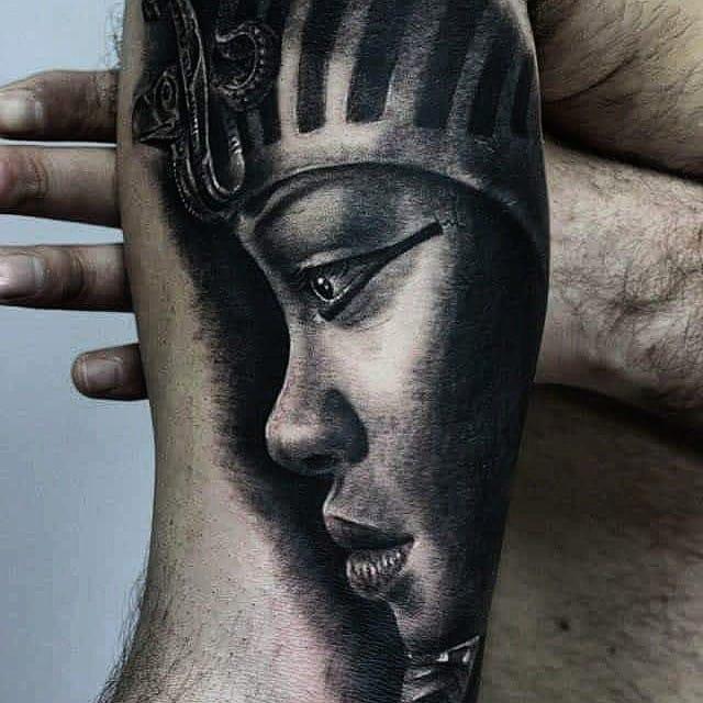 Rihanna, is that you? By Ferraro Fabrizio.