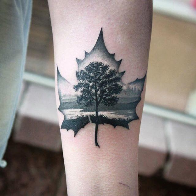 Amazing landscape on this leaf, via @kosh_tattoo