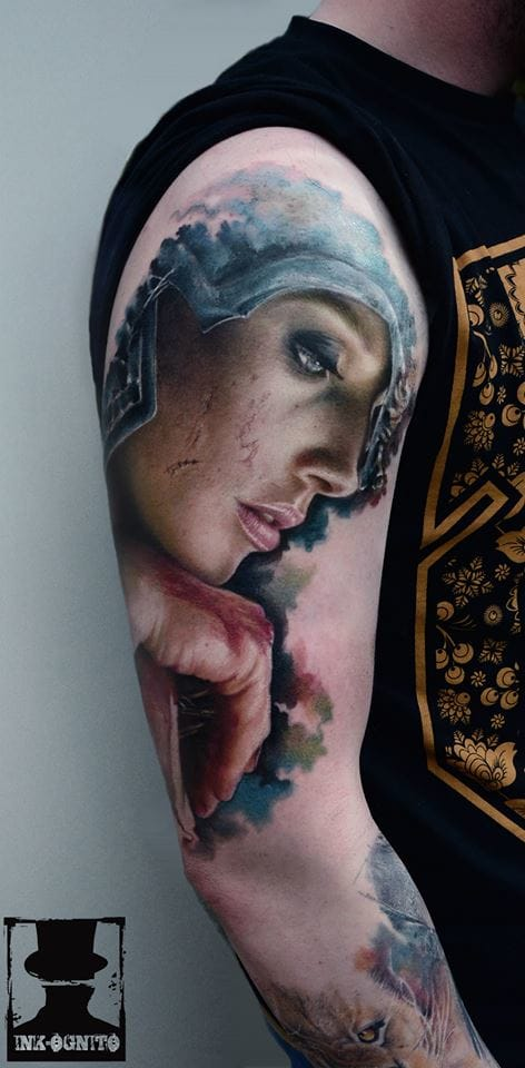 Karol Rybakowski e Suas Tatuagens Hiper Realistas