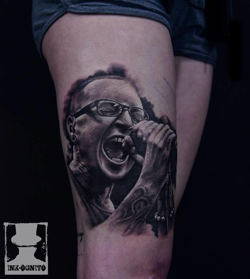 Meu ídolo! Chester Bennington, vocalista do Linkin Park, Dead by Sunrise e Stone Templo Pilots!