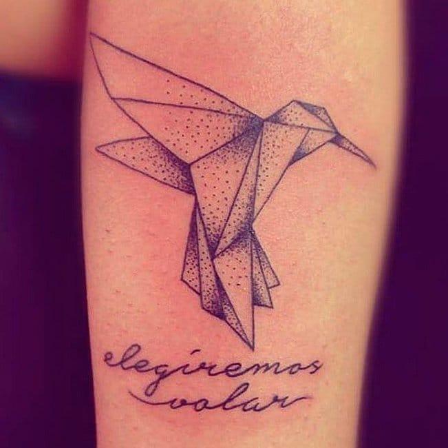 Mais um exemplo de tatuagem em origami fofa