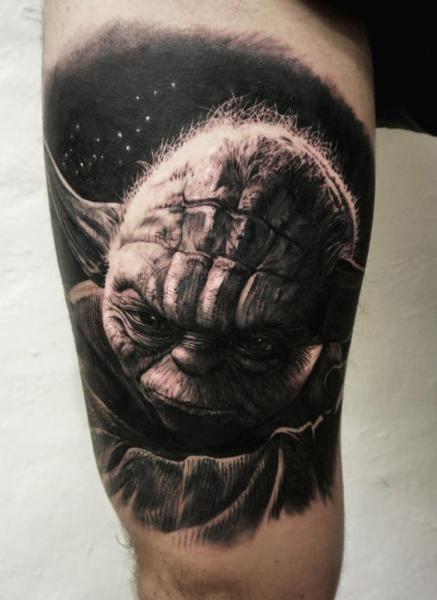 Amazing Yoda Tattoo by Studio 73 #studio73 #yoda #starwars