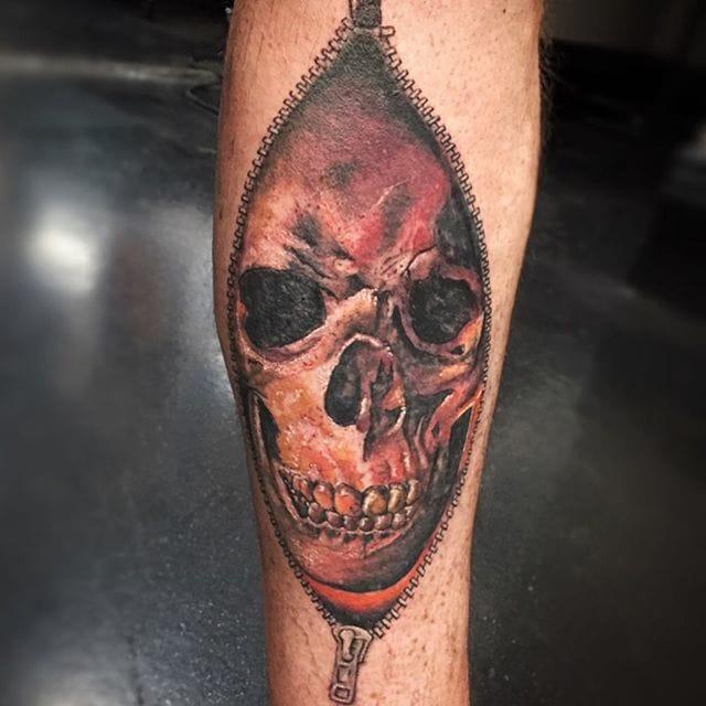 Cool skull by Ruth Batista.