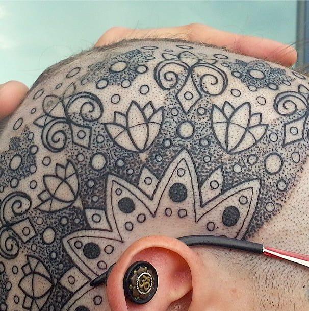 Close-up on a very intricate piece.