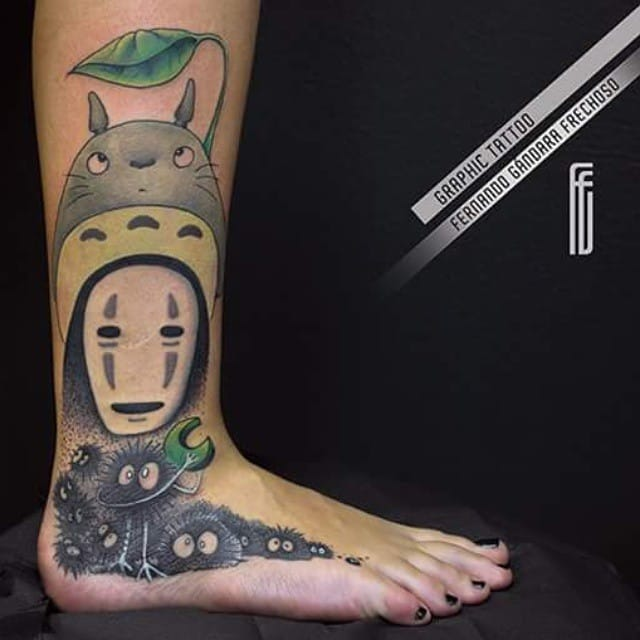 Lovely foot tattoo by Fernando Gándara Frechoso.