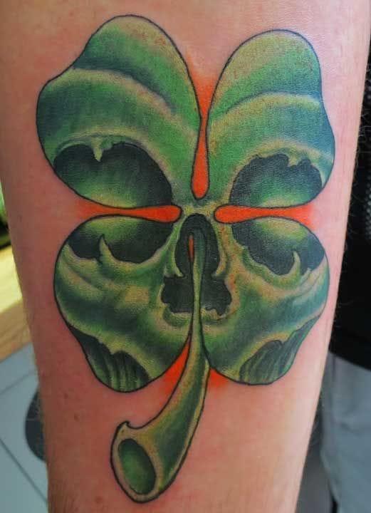 Badass skull clover by Irish Buddha.