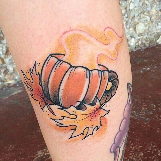 15 Heart-Warming Autumn Tattoos