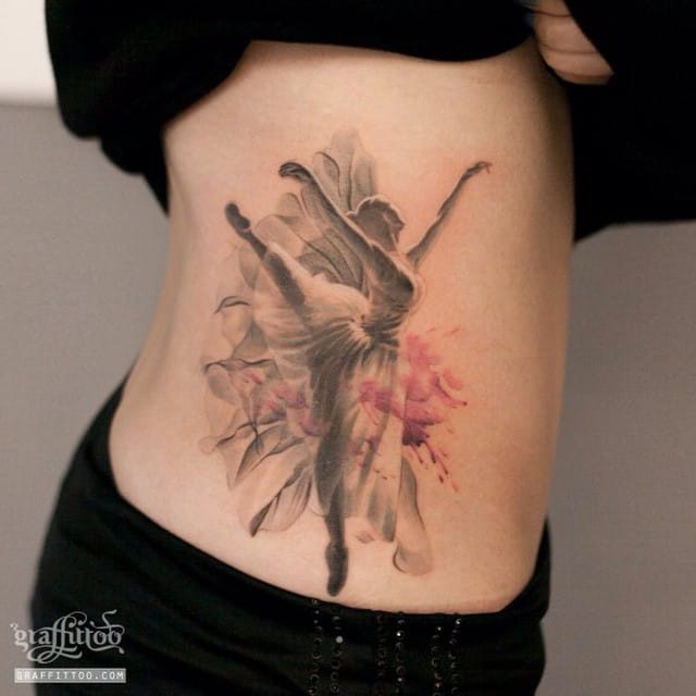 Delicate piece by Graffittoo.