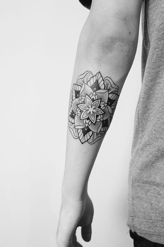 Mandala by Cats at 2Spirit Tattoo #cats #mandala #ornaments #geometric