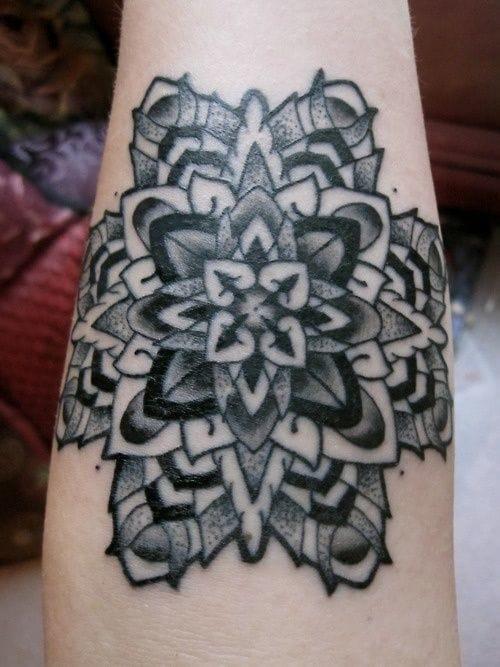 Mandala tattoo by Geoff Horn #mandala #geoffhorn #geometric