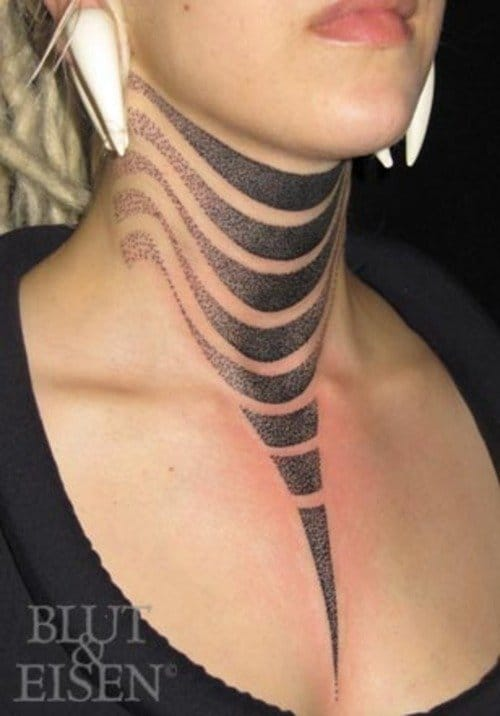 Bold and cool neck tattoo by Hannes.