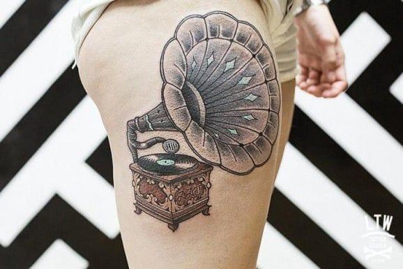 Nice gramophone tattoo by LTW.