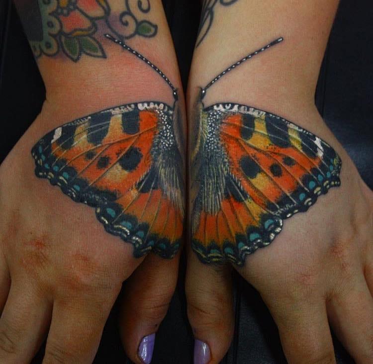 Fantastic split tattoo by Antony Flemming!