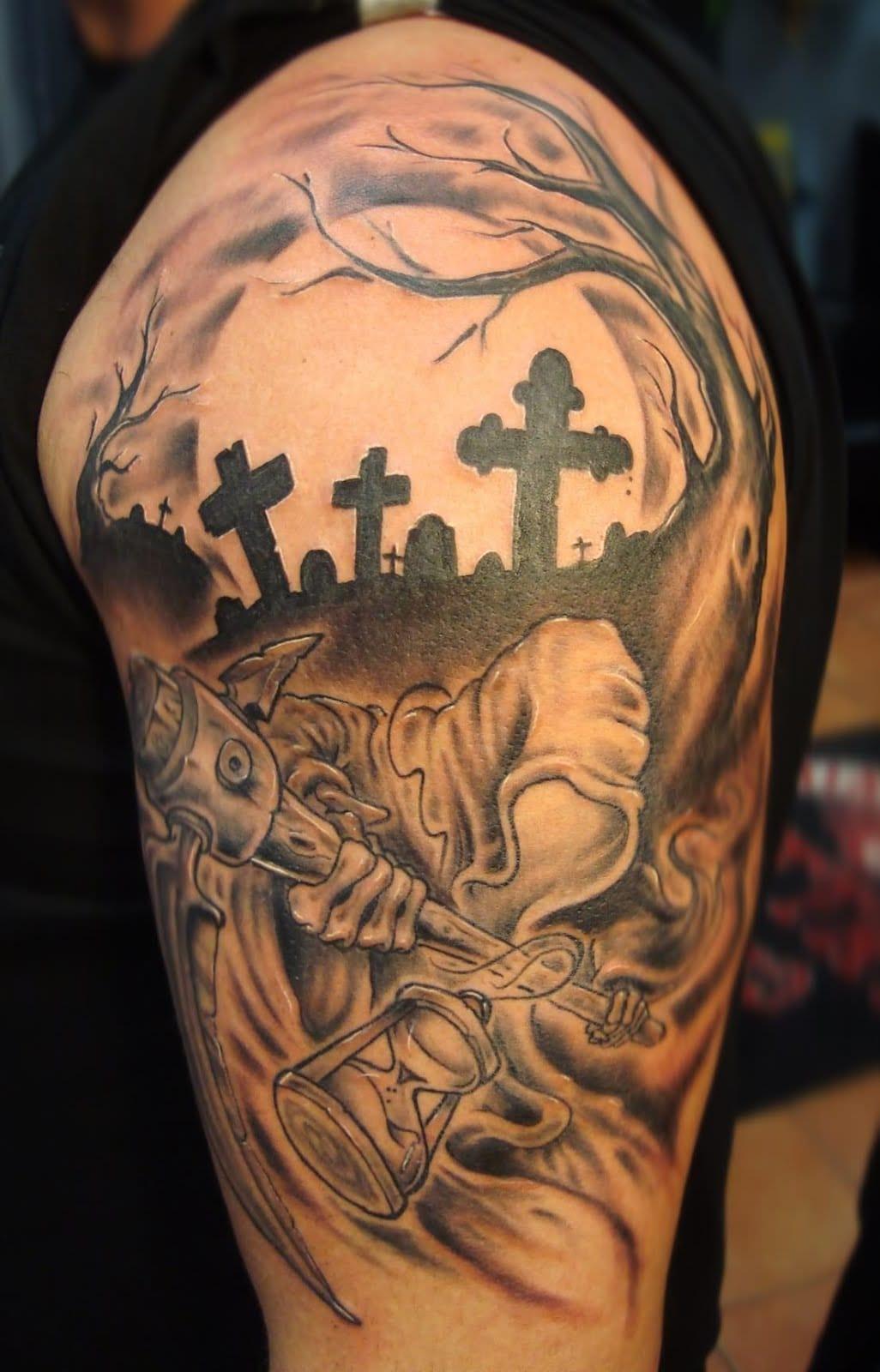 Asusss e sua tatuagem mostrando a morte no seu habitat natural