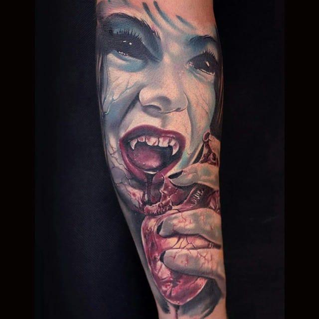 Scary vampire by Igor Igoryoshi.