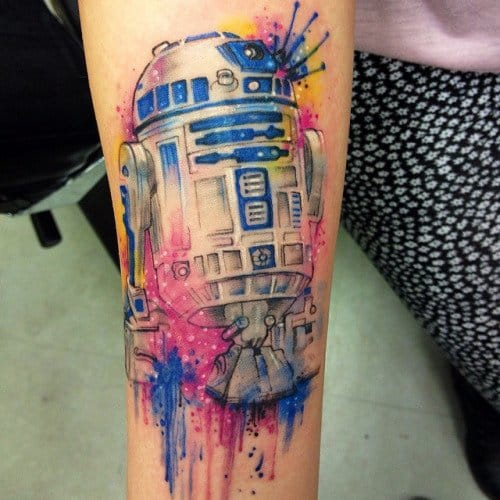 Splatter effect on this R2D2 tattoo