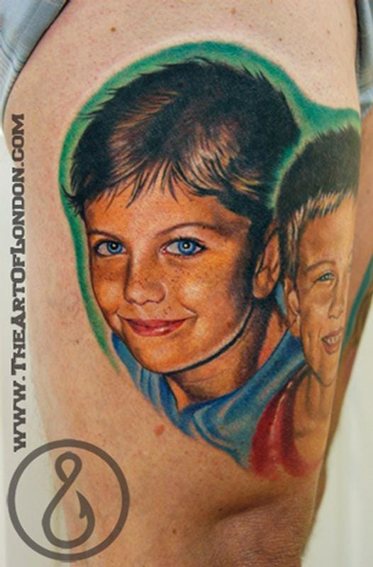 Brothers with joy in their eyes, also by Reese. #reese #portraittattoo #childportraittattoo